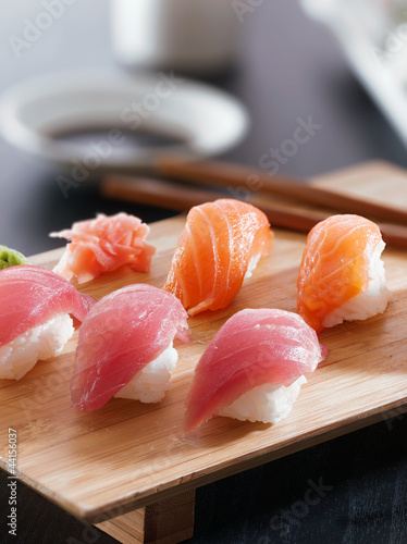 Sushi - Salmon and tuna nigiri Canvas Print