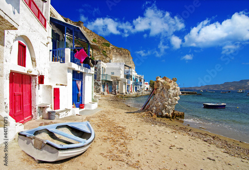 Naklejka dekoracyjna Traditional Greece scenery - Milos island. small fishing village