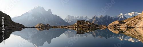 Fototapeta Monte Bianco e Alpi riflesse nel Lago Bianco obraz