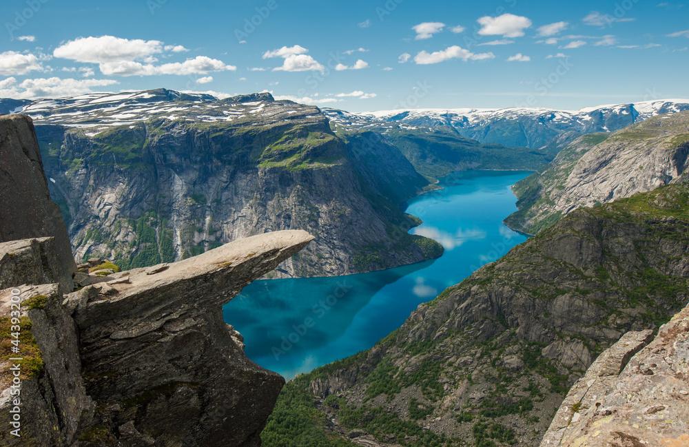 Fototapety, obrazy: Trolltunga, Troll's tongue rock, Norway