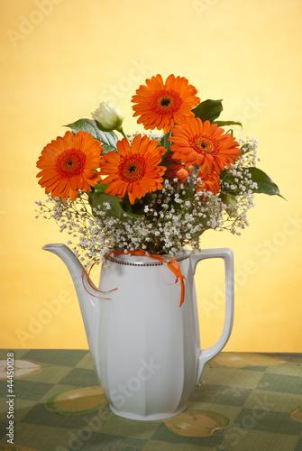 Foto op Canvas Madeliefjes bouquet in vase