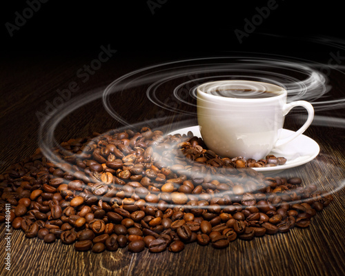 Foto op Canvas Cafe Coffee beans and white cup
