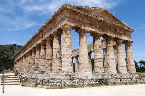 Fotografie, Obraz  Segesta greek temple