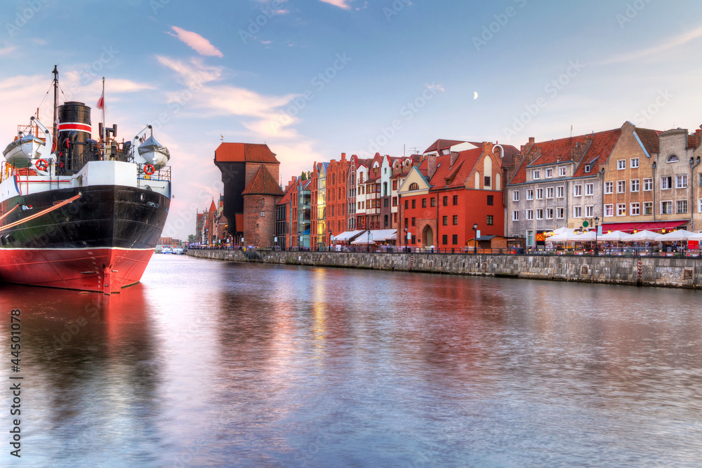 Fototapety, obrazy: Old town of Gdansk at Motlawa river, Poland