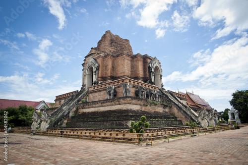 In de dag Bedehuis chedi luang temple in chiang mai