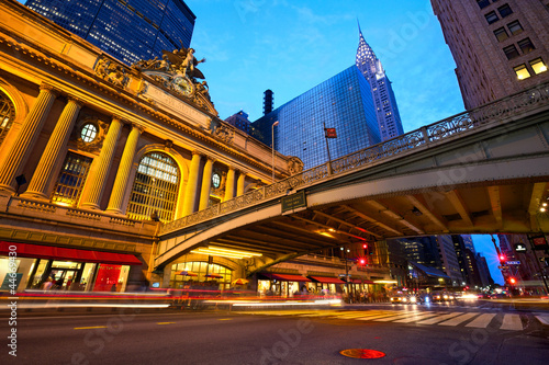 Staande foto New York TAXI Grand Central along 42nd Street at dusk, New York City