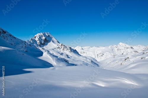 Fotobehang Bergen Winterlandschaft in den Bergen