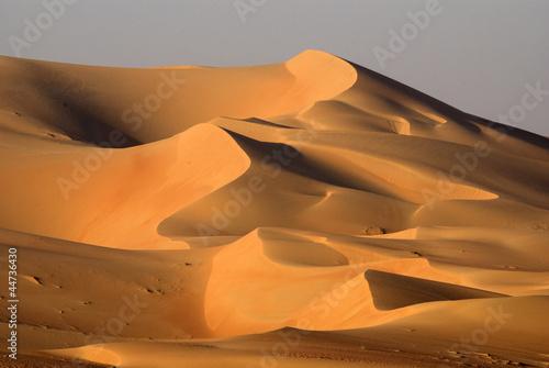 pustynne-wydmy-abu-dhabi