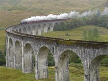Train On Glenfinnan Viaduct. S...