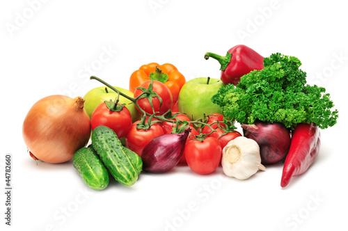 owoce-i-warzywa-na-bialym-tle