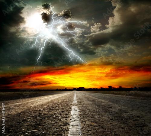 Zdjęcie XXL Asfaltowa droga i niebo