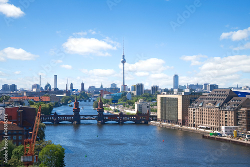 Stickers pour porte Berlin berlin skyline spree