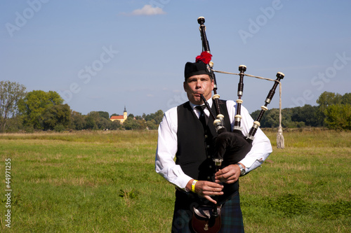 Photo Highland Games Trebsen 2012 Dudelsackspieler