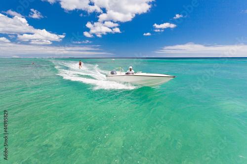 Slika na platnu ski nautique sur mer turquoise