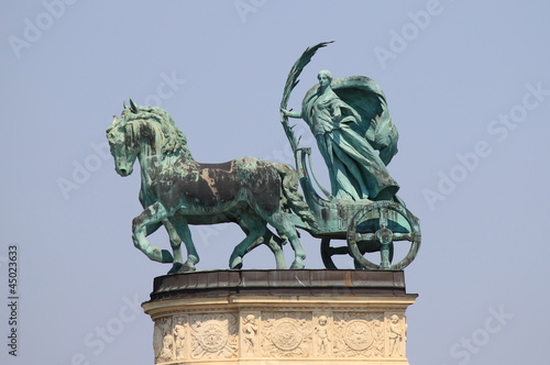 Photo  Allegorical statue of Peace