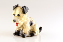 Dog Ceramic Retro Isolated On ...