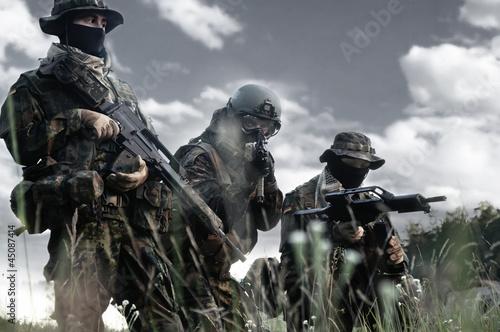 Fotografía  Bundeswehr soldiers in full gear