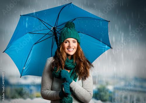 Fotografie, Obraz  umbrella 01/Mädchen lacht unter dem Regenschirm
