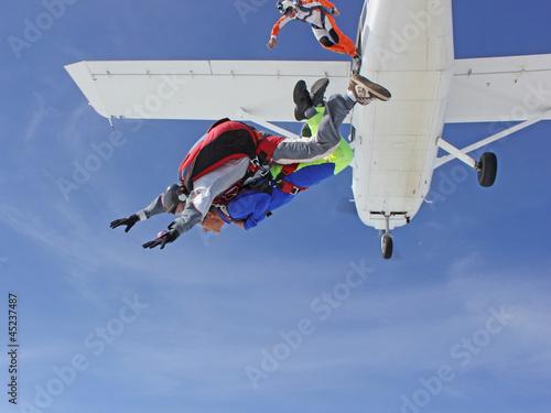 Photo sur Toile Aerien Saut en parachute en tandem (sortie d'avion)