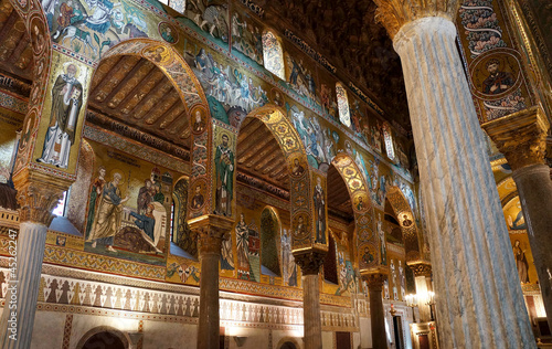 Tuinposter Palermo The decorated arches in the Palatine Chapel of Palermo in Sicily