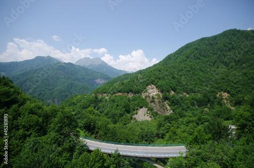 Foto op Plexiglas China Highway in the hills