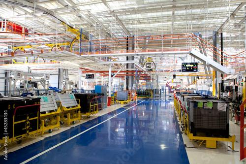 Stampa su Tela factory building interior
