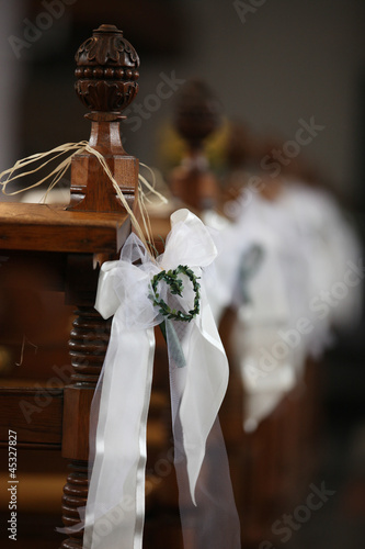 Dekoration Kirche Hochzeit Buy This Stock Photo And Explore
