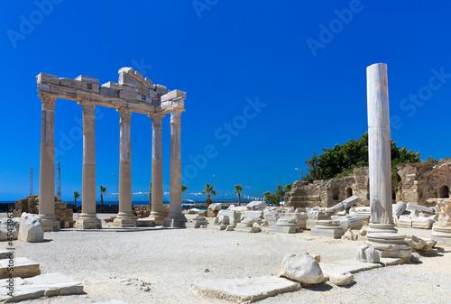 Poster Turquie Old ruins in Side, Turkey