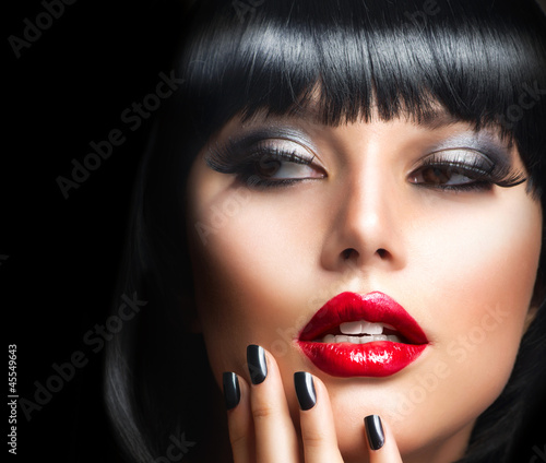 Poster - Beautiful Brunette Girl Portrait.Face.Makeup. Sensual Red Lips