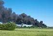 Riesige Rauchwolke, Großbrand in Industriegebiet, Niedersachsen, Deutschland, Europa