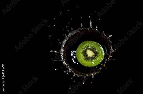 owoce-w-wodzie-splach