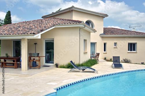 Photo  magnifique villa et sa piscine  # 06