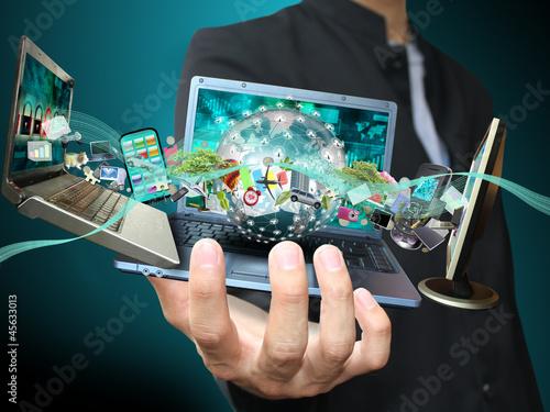 Fotografie, Obraz  Man holding social object