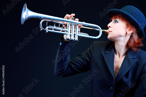 Photo Stands Music Band trumpet song