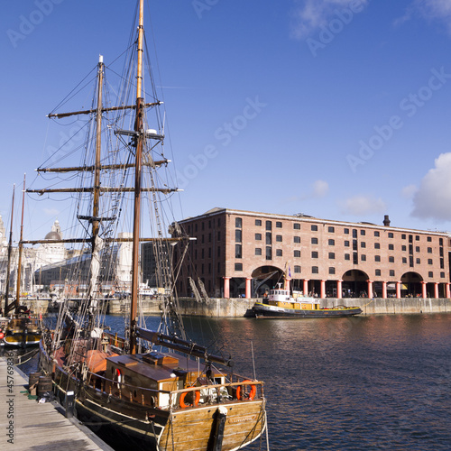 Photo  Buildings on the dockside in Liverpool England.