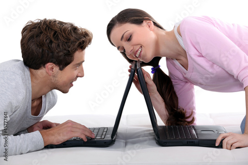 Carta da parati Couple with laptops