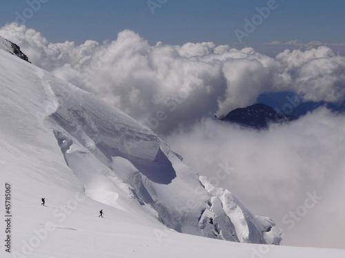 Fotografie, Obraz  Face à la Pyramide Vincent 4215 m (Alpes, Valais)