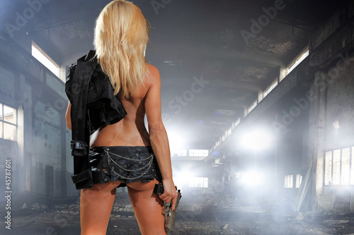Fotografering  special  tactics woman