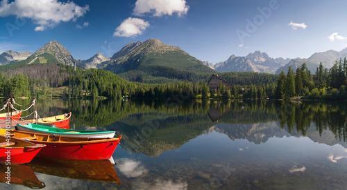 Photo  The colorful boats on Strbske lake in High Tatras,Slovakia