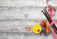 Decorative Christmas Spices