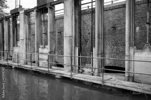 Deurstickers Rudnes Water regulation for agricultural irrigation B&W image