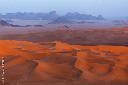 Foto op Canvas Algerije Sunset in Sahara