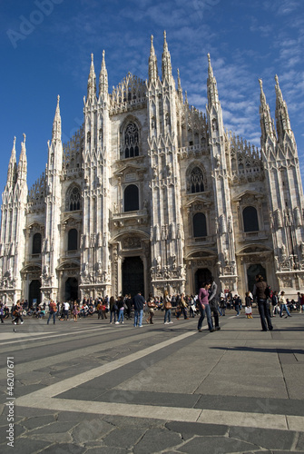 Papiers peints Milan View of the Gothic cathedral of the city of Milan