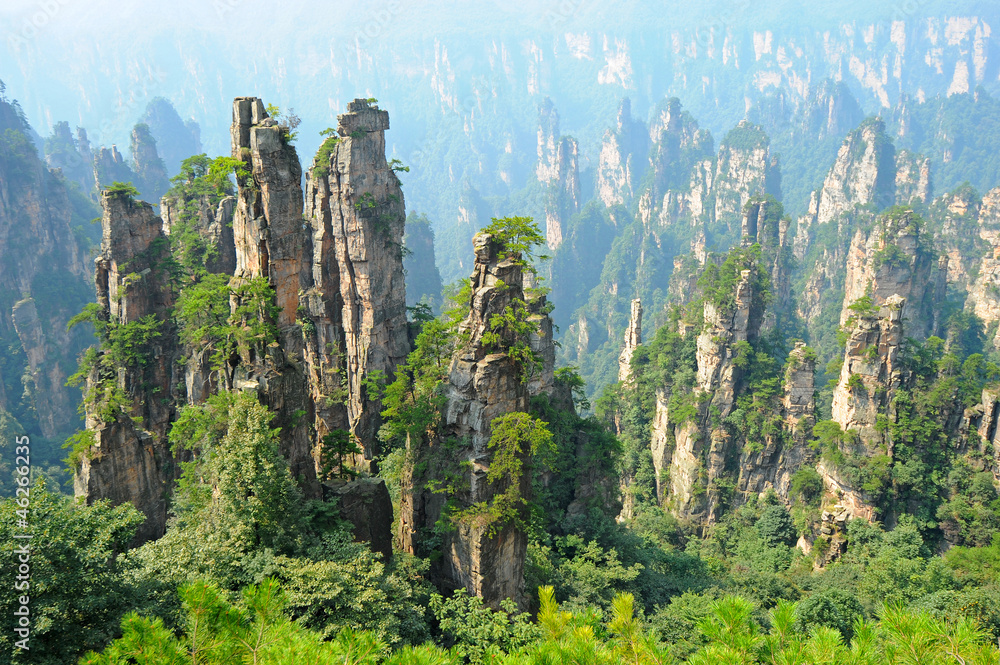 Fototapety, obrazy: Zhangjiajie, naturalna sceneria w Chinach