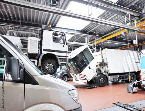 Autowerkstatt - automotive service Fototapete