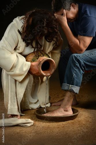 Fotografie, Obraz  Jesus Washing Feet of Man