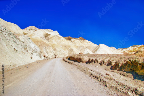 Foto op Plexiglas Donkerblauw Lifeless landscape of the Death Valley
