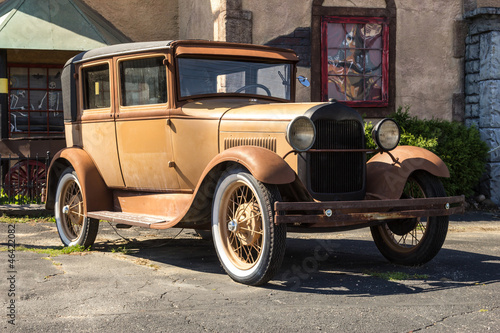 Photo Stands Fast cars Rusty classic car
