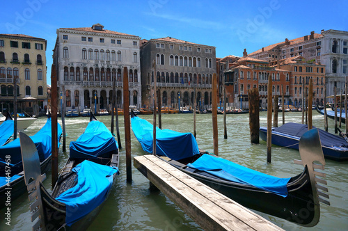 Fotobehang Venetie anchored gondolas in Venice