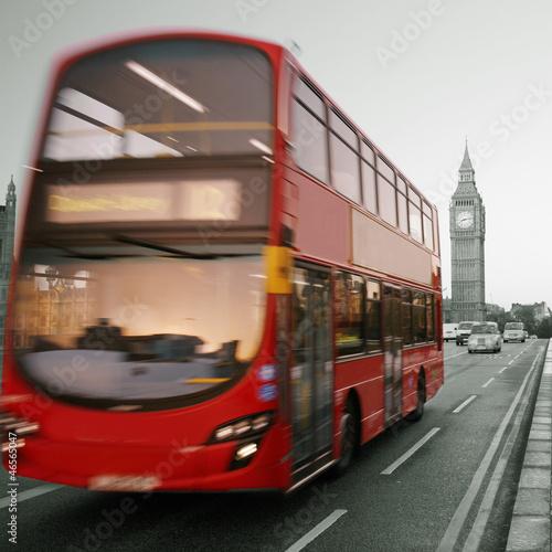 Keuken foto achterwand Rood, zwart, wit Double Decker Bus, Big Ben in far behind